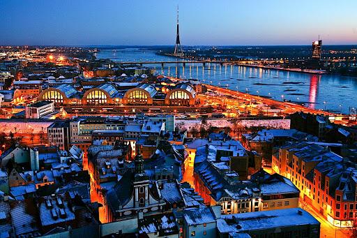 रीगा में एक कंपनी की स्थापना की, लैटविया में एक कंपनी स्थापित की, एक कंपनी की स्थापना की, जिसमें एक कंपनी की स्थापना की