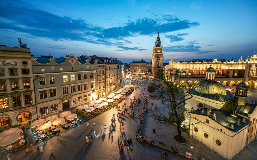 पोलैंड में कंपनी का निर्माण पोलैंड में कंपनी का निर्माण